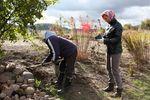 Między innymi dzięki naszej pracy Rajski Ogród w Garncarskiej Wiosce rozkwitnie większą liczbą kolorów